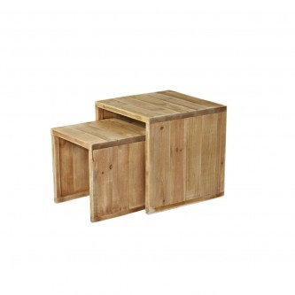 Nesting coffee tables...