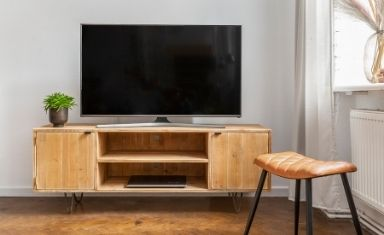 Coffee tables / TV Stands